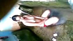 indonesia- cewek mandi sambil direkam teman