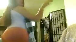 Cam d'une jeune salope beurette
