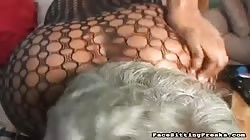 Big-ass ebony having nice face sitting action with mature slave