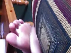 Rubing gf little sisters feet age 18 size of feet small 6