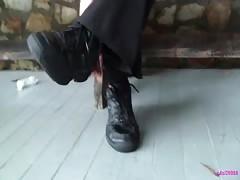Diane's waitress sneaker