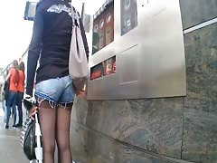 TEEN STREET ASS IN DENIM SHORT SHORTS