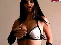 Lusty ex-girlfriend demonstrating her naked body on cam