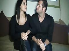 Jeune couple amateur francais baise devant une cam