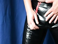 Amateur wanks in latex panty