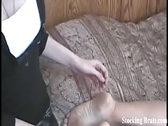 Worshipping a hotty in wonderful stockings