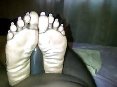 Ebony long toe nail fj