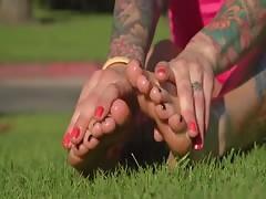 Renee's hot oily feet n soles