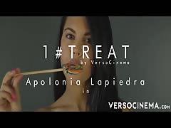 Apolonia Lapiedra funny lollipop video