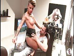 LECHE 69 Cool tattoo hairdresser prefers cock than cash