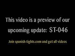 Spanish teen Paula in shiny grey tights (cameltoe)