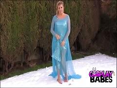 COSPLAY honeys  chesty Queen Elsa cums in the snow