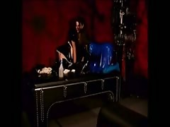 BDSM latex lezzie