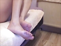 FEET WORSHIP AND FOOTJOB (preview)