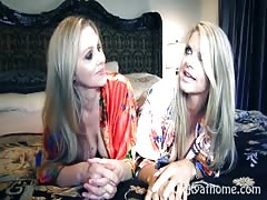 Vicky Vette & Julia Ann's excellent Time!