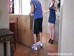 34G and 36DD! Maggie Green & Vicky Vette steaming lesbian activity !