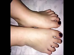 Rena moves her fantastic (size 38) feet