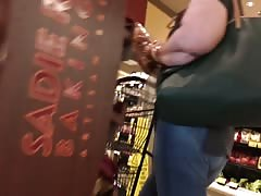 big booty girl at store candid