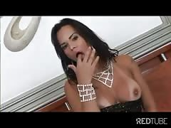 Tgirl gets ass fucked bareback