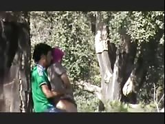wwwindiangirlstk. Couples Goes wild Doiing Quicky at Park MMS