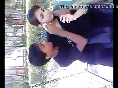 Desi Lover park kissing seen..:::www.desixnxx.net :::..