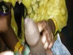 Indian yellow Saree gargle
