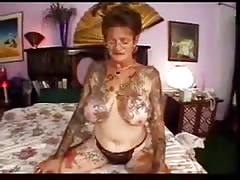 steaming hook-up  with tattooed grandmother