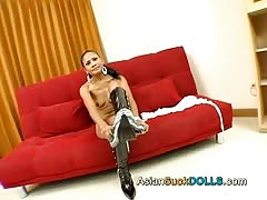 american fucker drilled a glamorous Thai babe on the red sofa