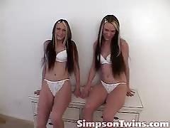 Long-legged Simpson Twins strokes their tight pussies