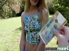 Babe pickup at the park deepthroats and gags on my dick