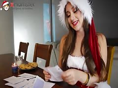 Sexy Remy LaCroix reading naughty letters to Santa xHamsta