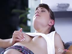 Babes - Luna and Vicky share boytoy in the shower