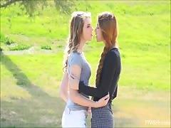 Flashing 2 lesbian