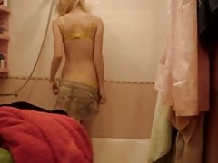 Russian teen whore in bathroom