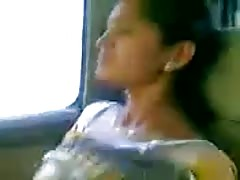 Gujrathi Bhabhi in car