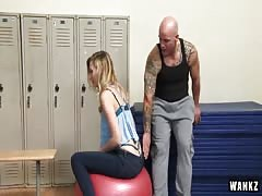 Alexa Grace Fucked In The Locker Room