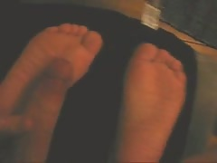 petite feet blowing cum on soles
