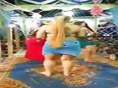Arab big boobs dancer