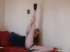 Ms Twilight striptease