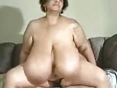Fodendo com prostituta suja de mega tetas